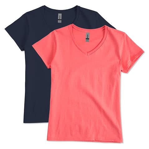 Canada - Gildan Women's 100% Cotton V-Neck T-shirt
