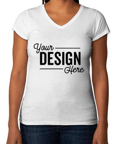 Gildan Women's Slim Fit Softstyle V-Neck Jersey T-shirt - White