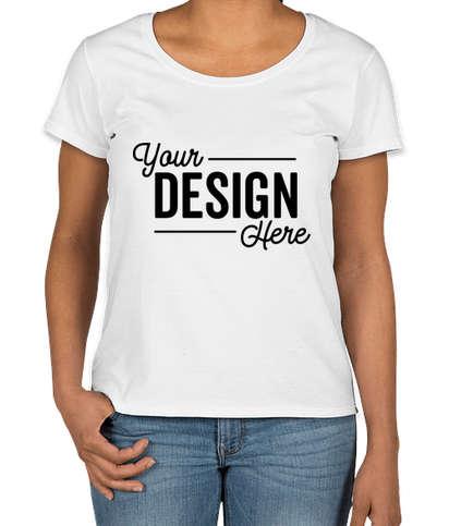 Gildan Women's Softstyle Scoop Neck T-shirt - White